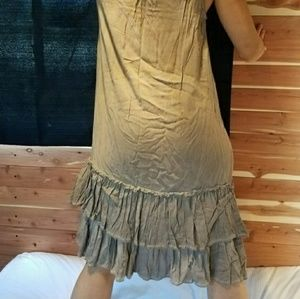 Dresses & Skirts - NEW❤ Grey Ruffle & Embroidery Dress -Boutique