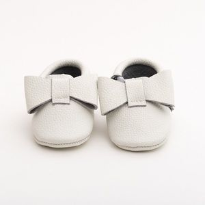 MAC&LOU Other - MAC&LOU RIBBON BABY LEATHER MOCCASINS WHITE CANARY