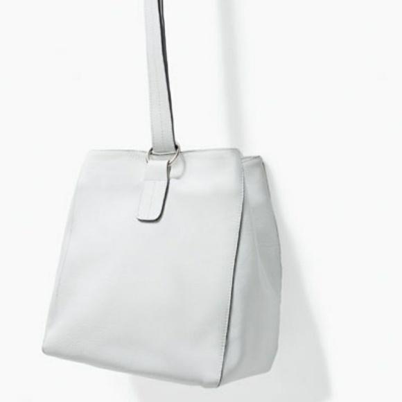 Zara Bags - ZARA White Leather Bucket Bag 2 Way Shoulder Bag