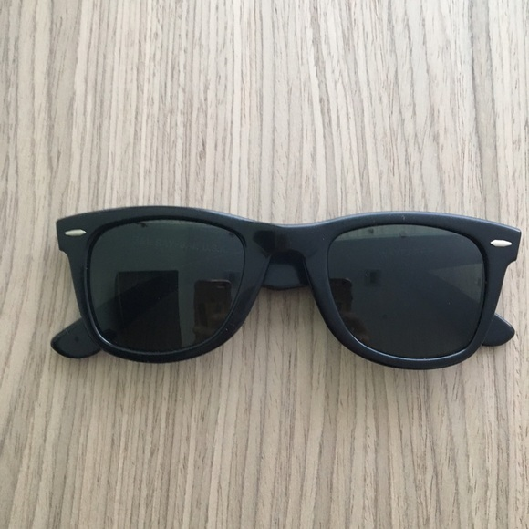 7aa2d13b1c Vintage 80 s B   L WAYFARER Ray-Ban sunglasses 😎.  M 590a51a83c6f9fae9e0044c7