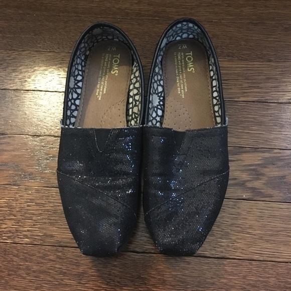 b7946b8d17f TOMS Shoes - 🌟final! 🌟 sparkle TOMS - women s size 7