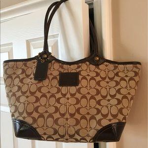 Coach Handbags - Coach tote LG ORIGINAL, monogram camel/bro zip top