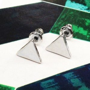 Candymuse Jewelry - Silver tone Triangle Earring Studs