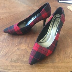 Perfection Shoes - Black and red tartan plaid pointy toed heels