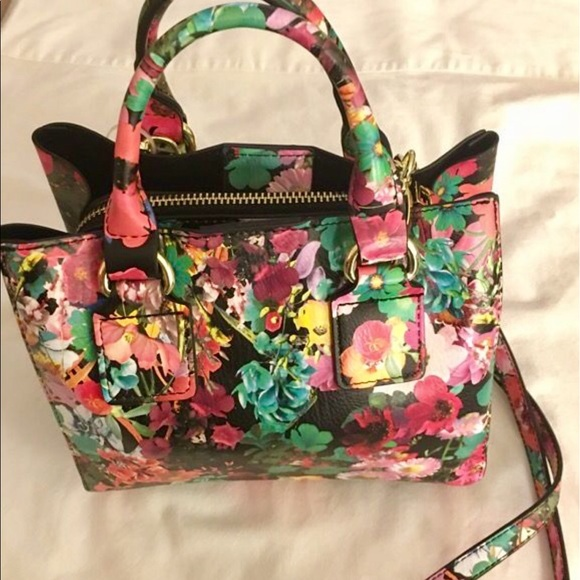 60% Off Steve Madden Handbags - NWT Steve Madden Bag DR118825 Floral Release From Tamarau0026#39;s ...