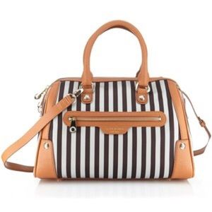 henri bendel Handbags - Miss Bendel Barrel Bag