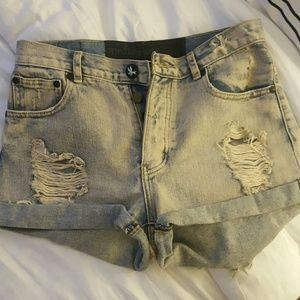 One Teaspoon Pants - One teaspoon hawks cutoff shorts in stone