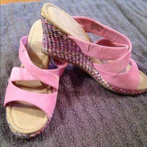 Rockport Shoes - Rockport Suede Wedges