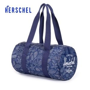 Herschel Supply Company Handbags - New Herschel Packable Nylon Duffle Bag 🚟🛥🚌