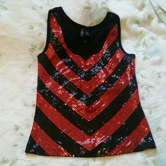 Bisou Bisou Tops - Red and black tank top with sequin