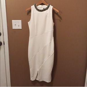 Jennifer Lopez Dresses & Skirts - JLo Midi Dress 😍