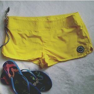 Roxy Pants - ROXY Beach Chic Yellow Criss Cross Boardshorts 1