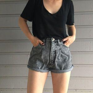 Wrangler Pants - Vintage Wrangler high waist acid wash shorts