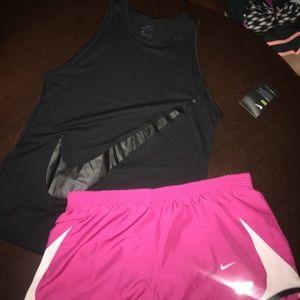 Nike Other - 🌺🌺NWT NIKE SET SIZE SMALL or MEDIUM🌺