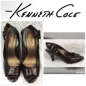 Kenneth Cole Reaction Shoes - LIKE NEW **KENNETH COLE** Reaction Heels Size 7.5!