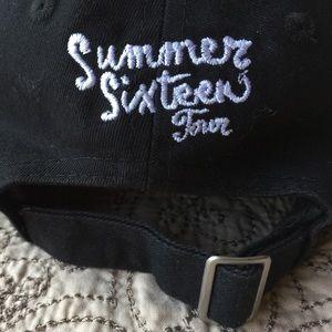 concert merch Accessories - VIEWS Summer sixteen drake and future tour dad  hat cfb6e2b0000