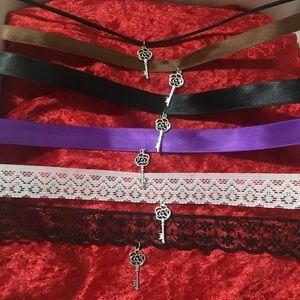 Jewelry - Key Choker Necklace