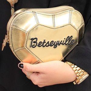 Betsey Johnson Handbags - Betsey Johnson Betseyville bag in heart shape