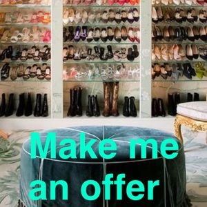 All reasonable offers considered💜💜