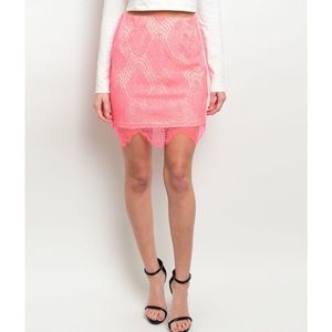 Dresses & Skirts - NEW! Coral Lace Skirt