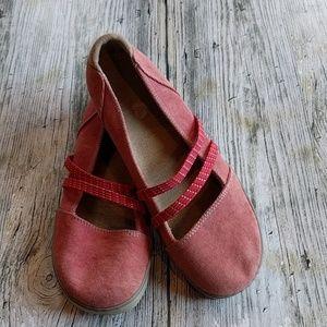 Acorn Shoes - Acorn canvas slip on shoes