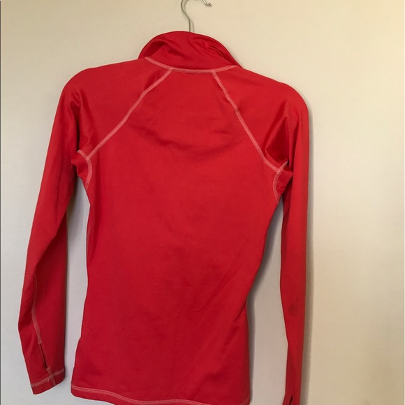 77 Off Nike Tops Nike Pro Athletic Shirt With Thumb