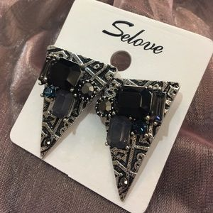 Jewelry - Brand new EARRINGS