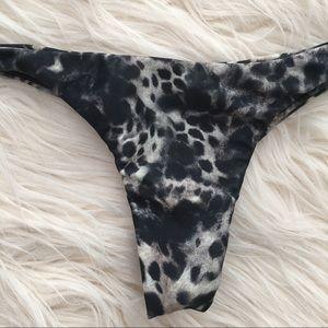 Mikoh Swim - Mikoh Praia thong bikini bottom leopard Acacia