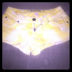 Missimo Light yellow Jean shorts super awesome