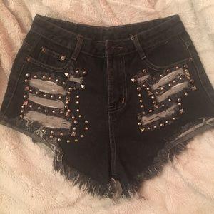 ROMWE Pants - High Waisted Shorts