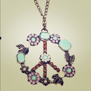 Jewelry - Peace necklace ❤✌️