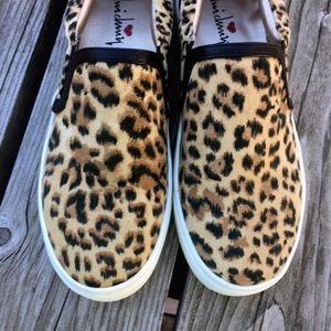 Luichiny Shoes - A5⃣🌟! Animal Print Luichiny Loafers! NEW!