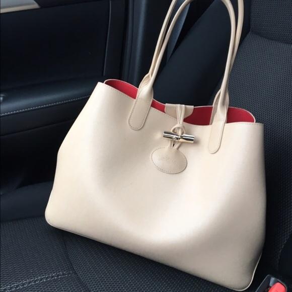 6723d1ec2a7 Longchamp Handbags - Longchamp Roseau reversible tote