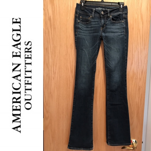 Shop the latest Juniors Jeans from top designer brands at Macys. Weve got the hottest styles including ripped jeans, skinny jeans, bootcut jeans and more! 0 Juniors Jeans. When it comes to juniors jeans, vibrant colors and prints aren't hard to find. You have size preferences associated with your profile.