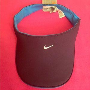 Nike Accessories - Nike Adult Unisex Visor