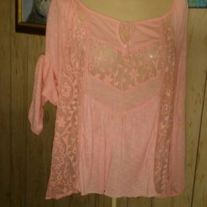 ***** AMERICAN EAGLE OUTFITTER Knit and Mesh Top