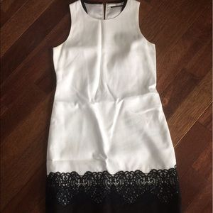 Elie Tahari Dresses & Skirts - 1HR FLASH SALE Black and White Lace Dress