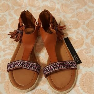 385 Fifth Shoes - Native Decor Sandals