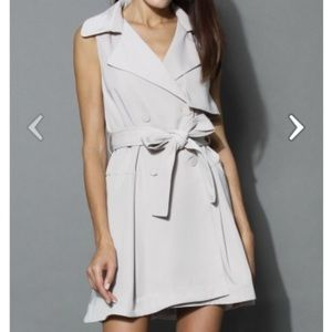 Sleeveless Trench Coat, New With Tags Size Small