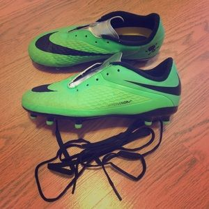 ** SOLD ** Nike football cleats