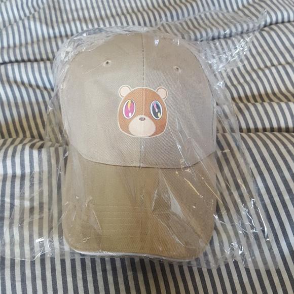 78911172d93a6 Kanye West Dropout Bear hat. M 590b70a97fab3a1e0f007865