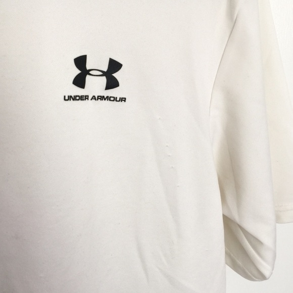 84 off under armour other under armour men 39 s running for Do under armour shirts run small