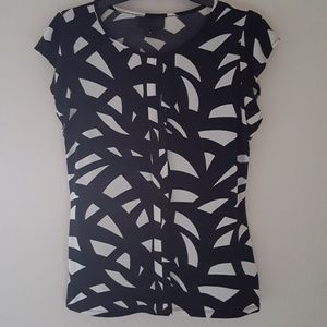 Worthington Tops - Black and Cream Patterned Top with Keyhole at Neck