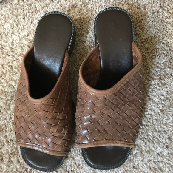 8dc78ab55b3 Crocs Baya Lined Childrens' Croc Tula Clog Shoes For Women: Leather Woven  Huaraches Mules Or Slides