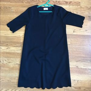Everly Dresses & Skirts - Everly scalloped edge black lined cute dress sz S