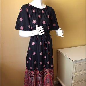 Gorgeous vintage maxi dress