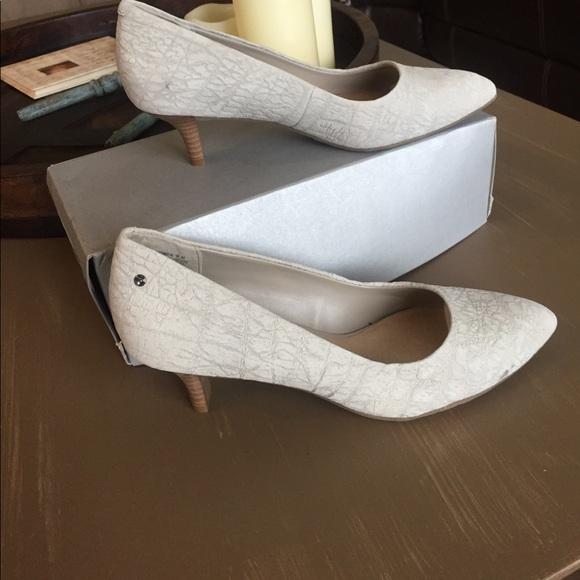 Rockport Shoes - Rockport cobblestone heels