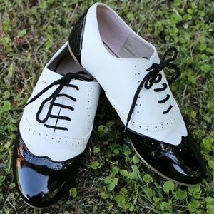 ollio Shoes - Wingtip Oxford shoes