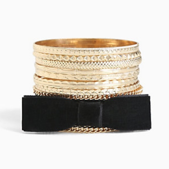 Torrid plus size velvet bow gold bangle bracelet set for Plus size jewelry bracelets