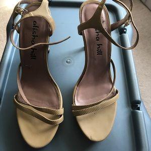 alisha hill Shoes - Alisha hill tan platform shoe